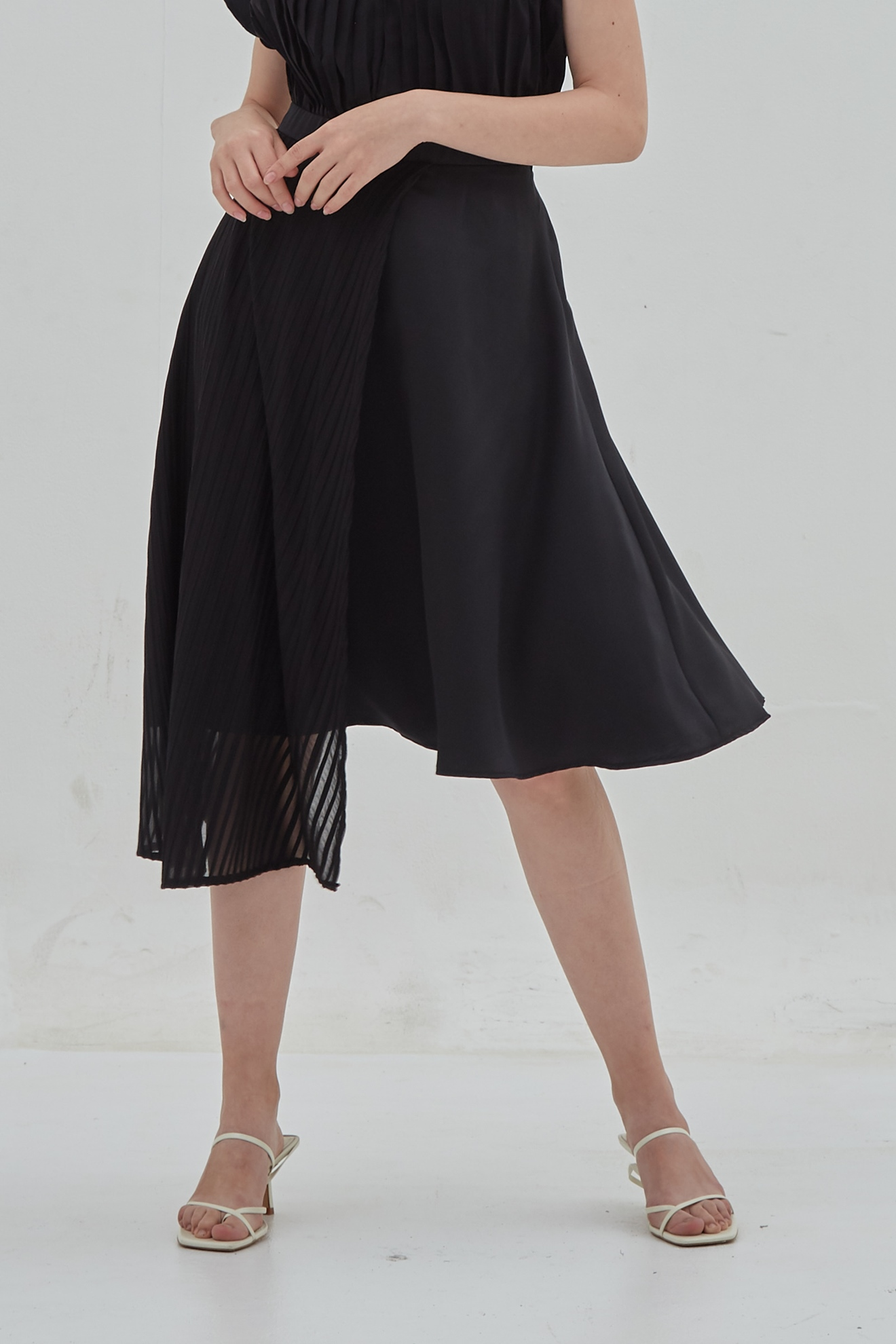 Picture of Bassil Skirt Black