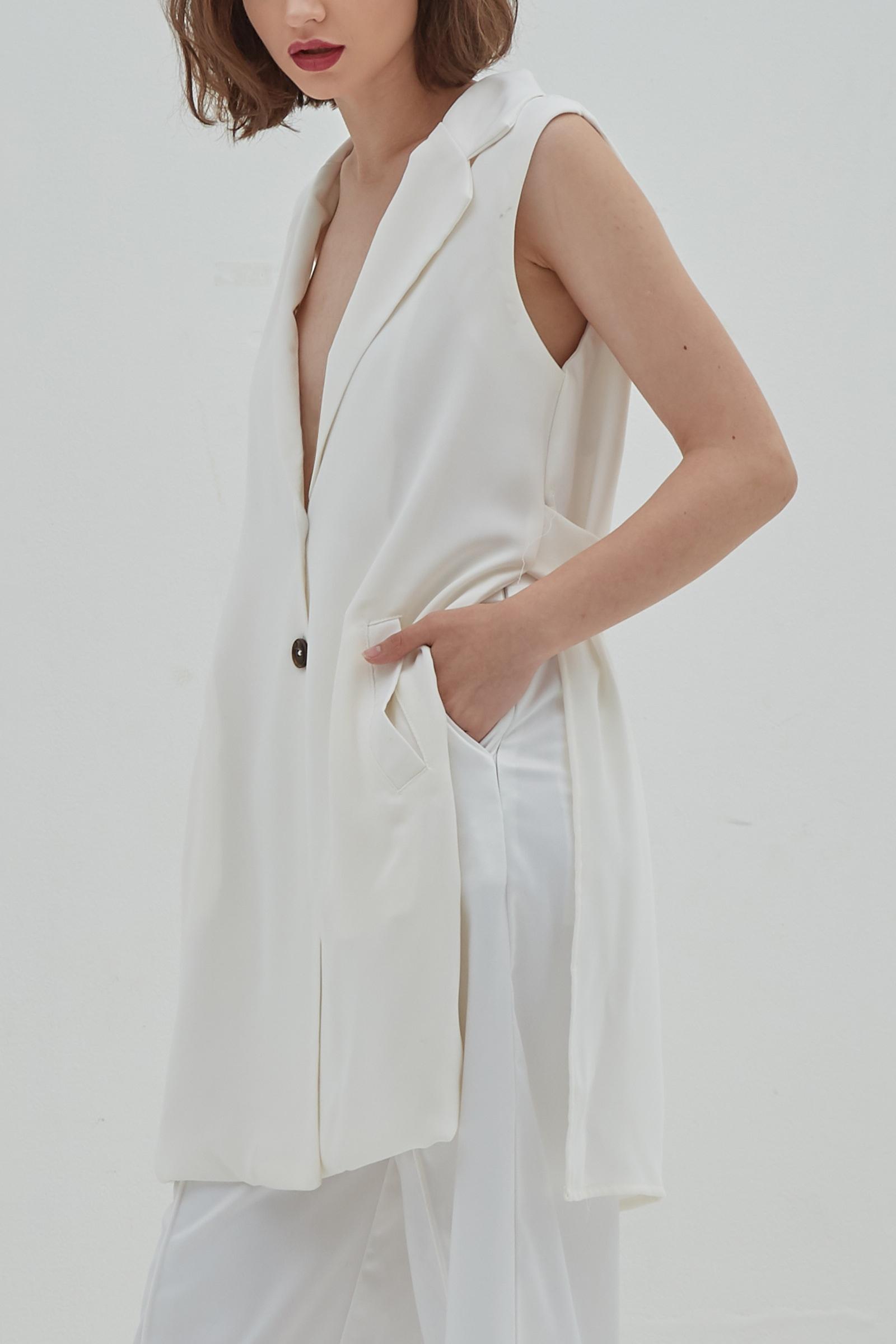 Picture of Radite Vest Ivory