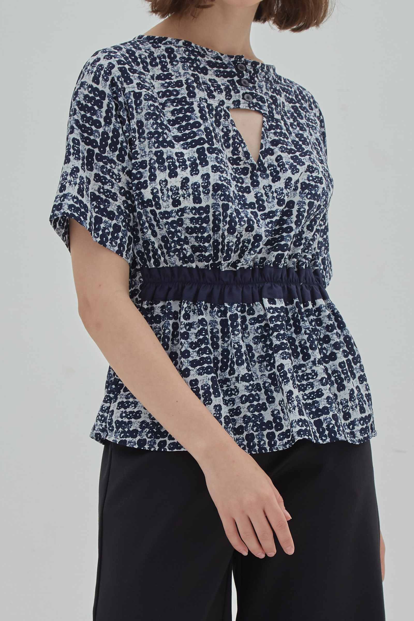 Picture of Ivone Blouse Blue Abstract Dot