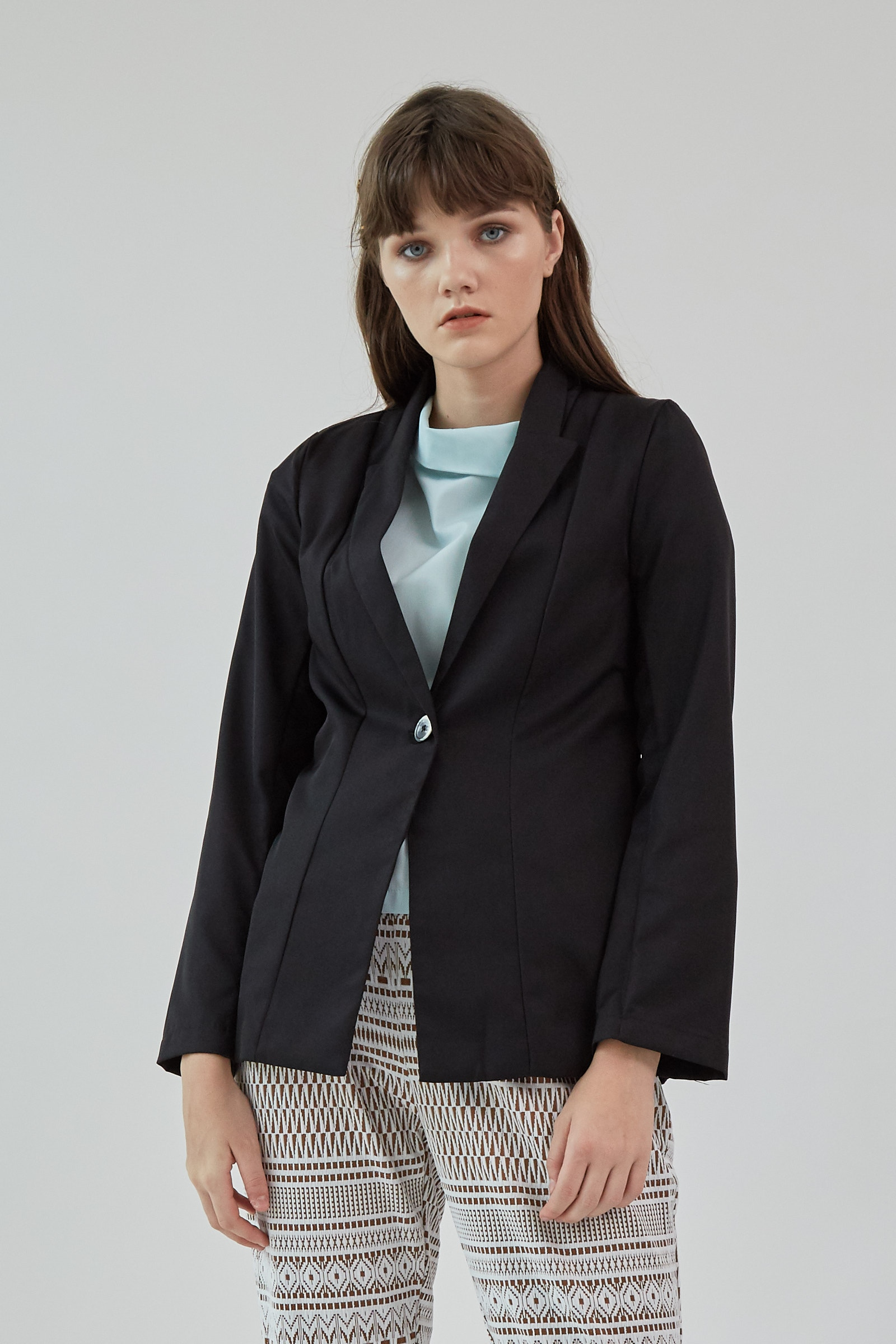 Picture of Quinn Blazer Black