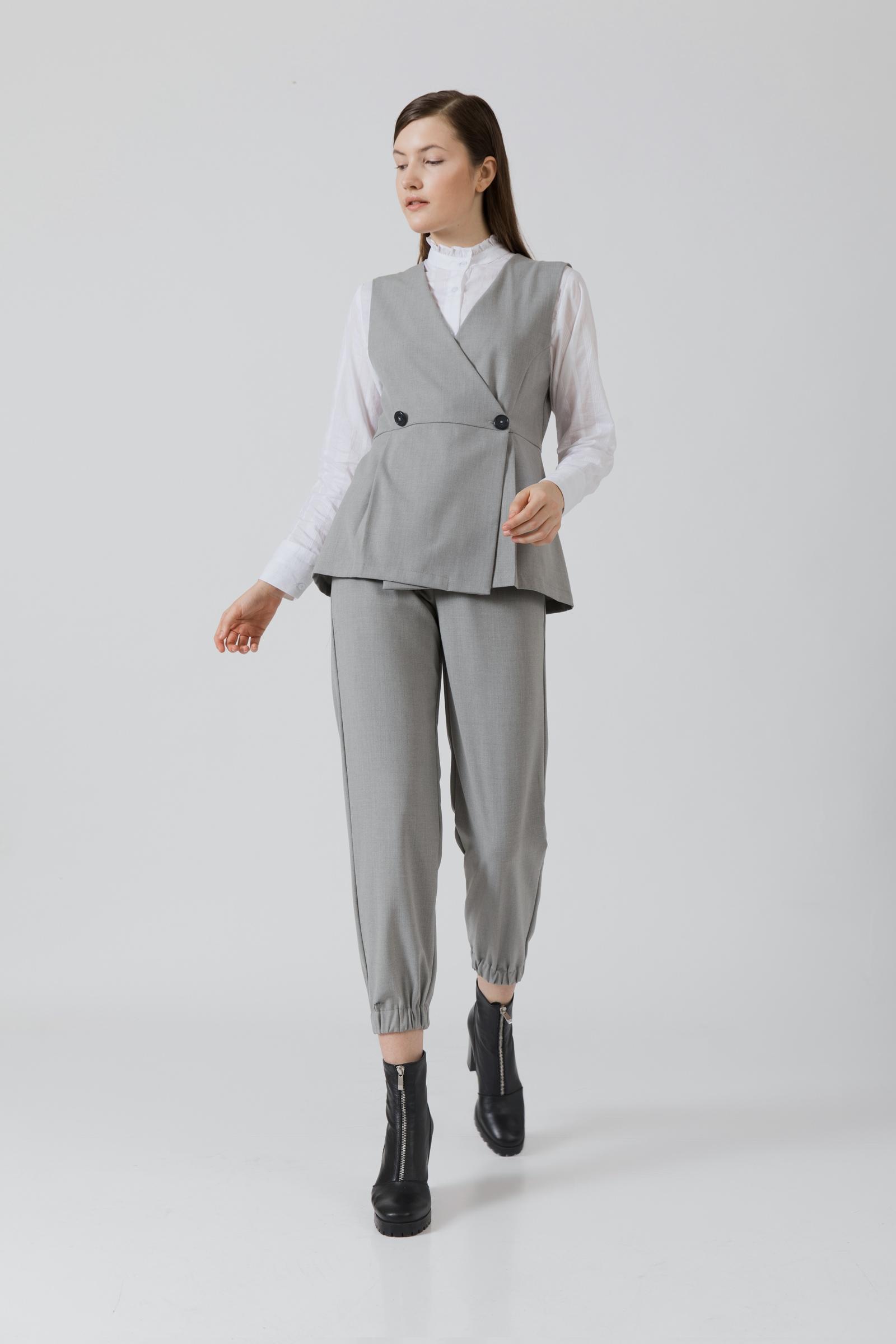 Picture of Finley Vest MistyGrey