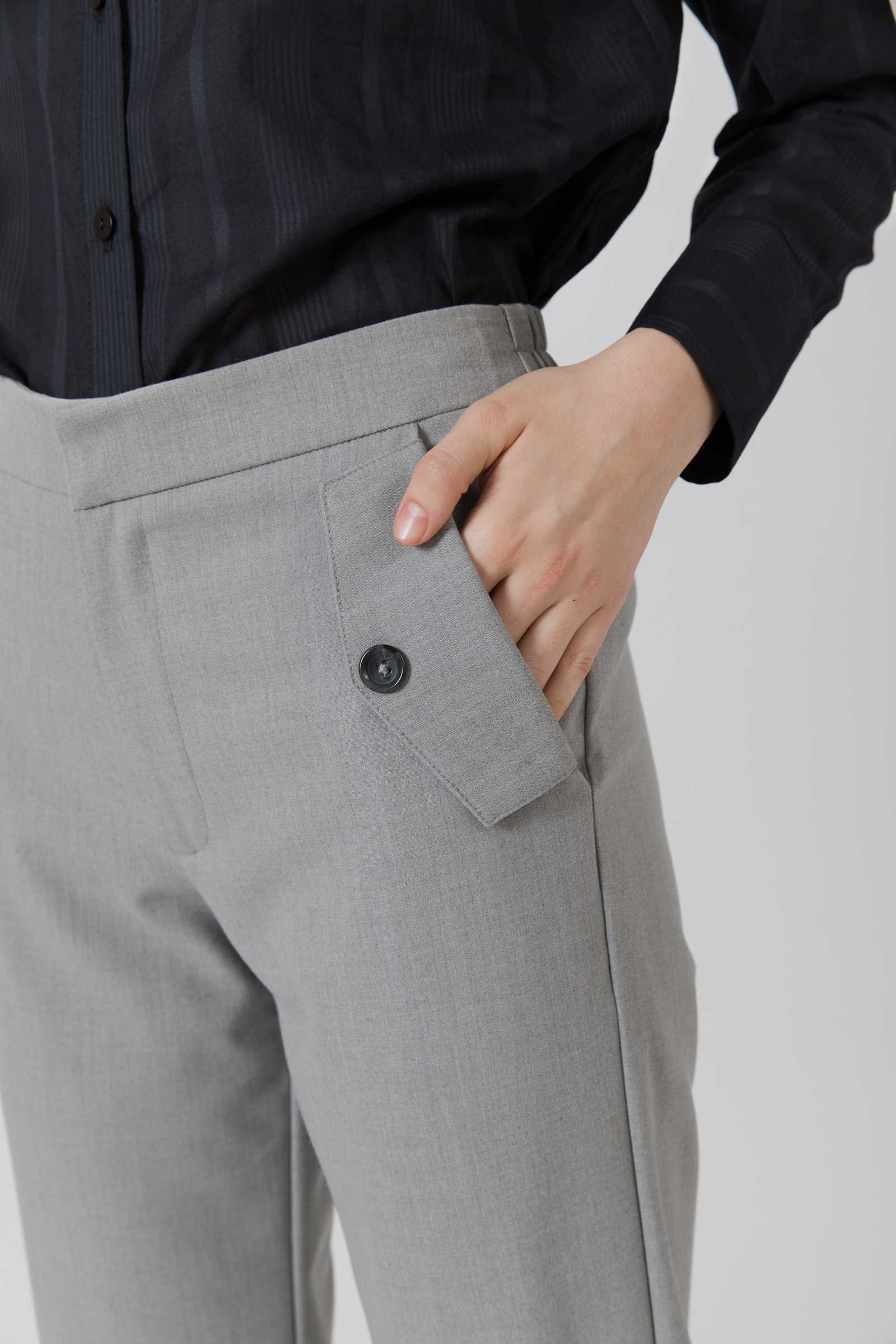 Picture of Shenzi Joger Pants  MistyGrey