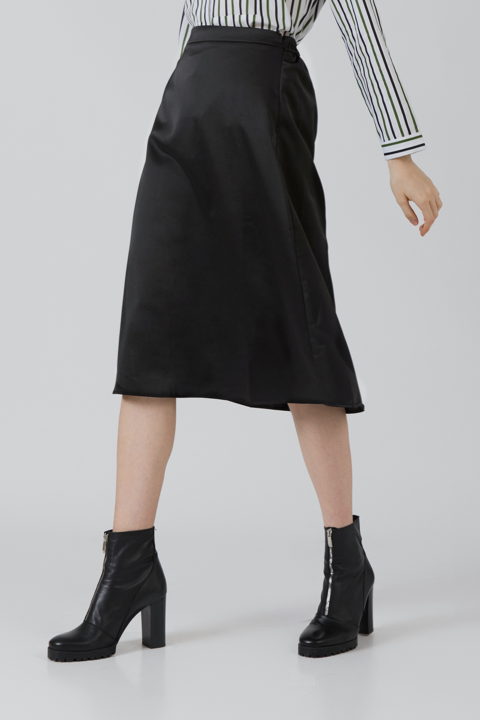 Picture of Lysa Skirt Black