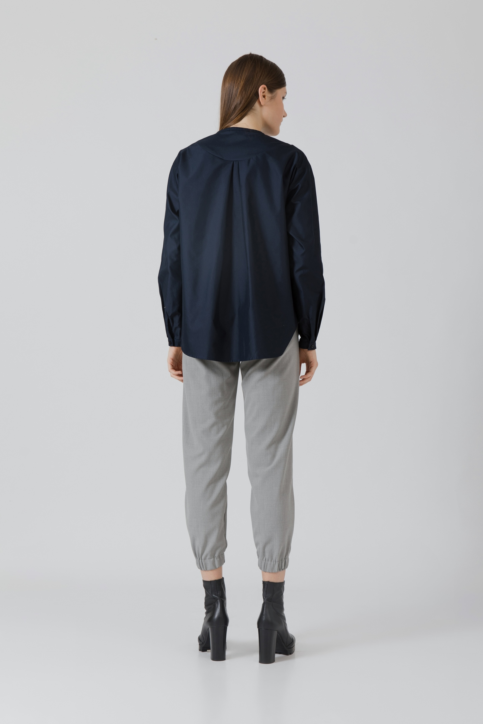 Picture of Yazie Shirt Navy