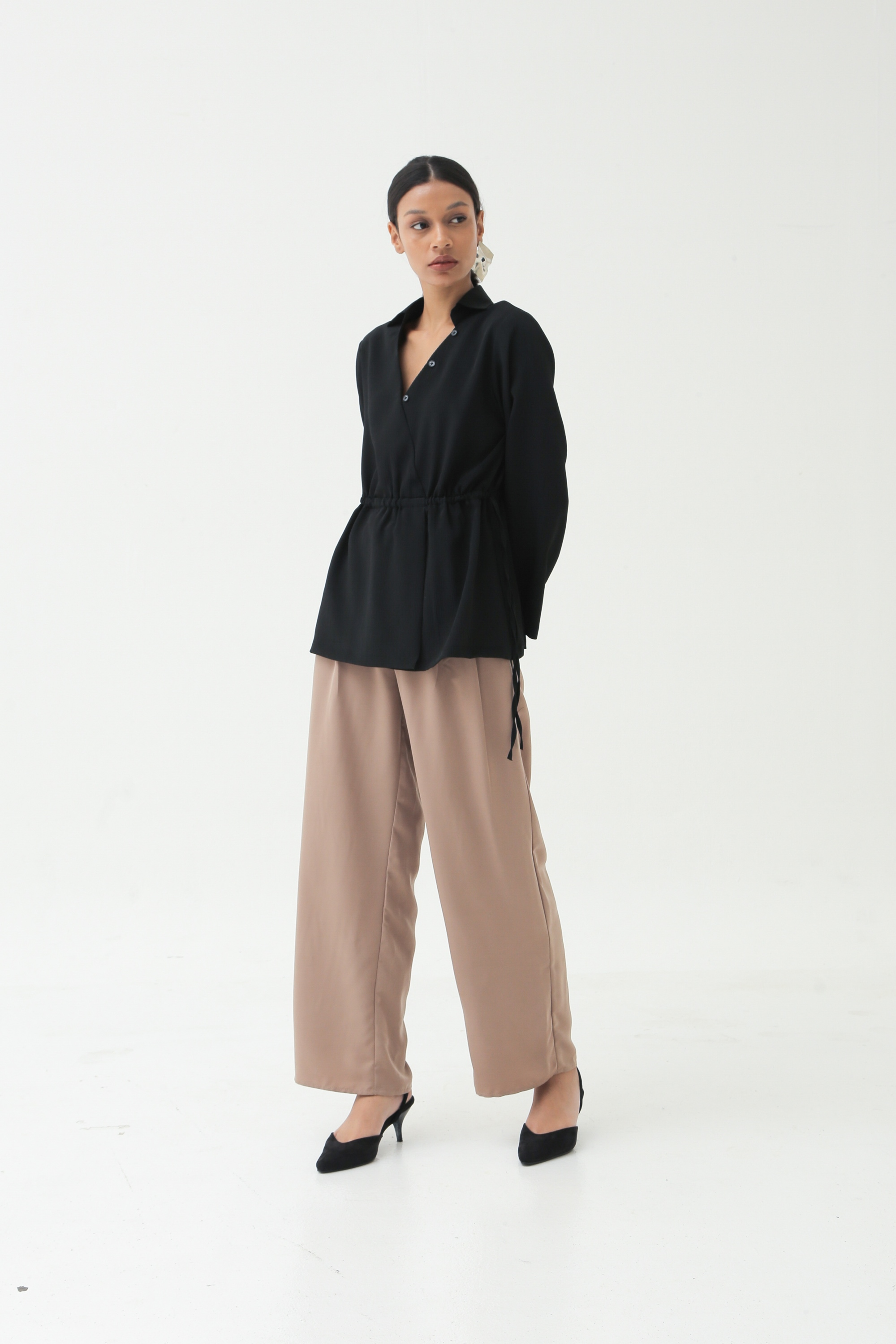 Picture of GIULIA BLOUSE BLACK WRINKLE