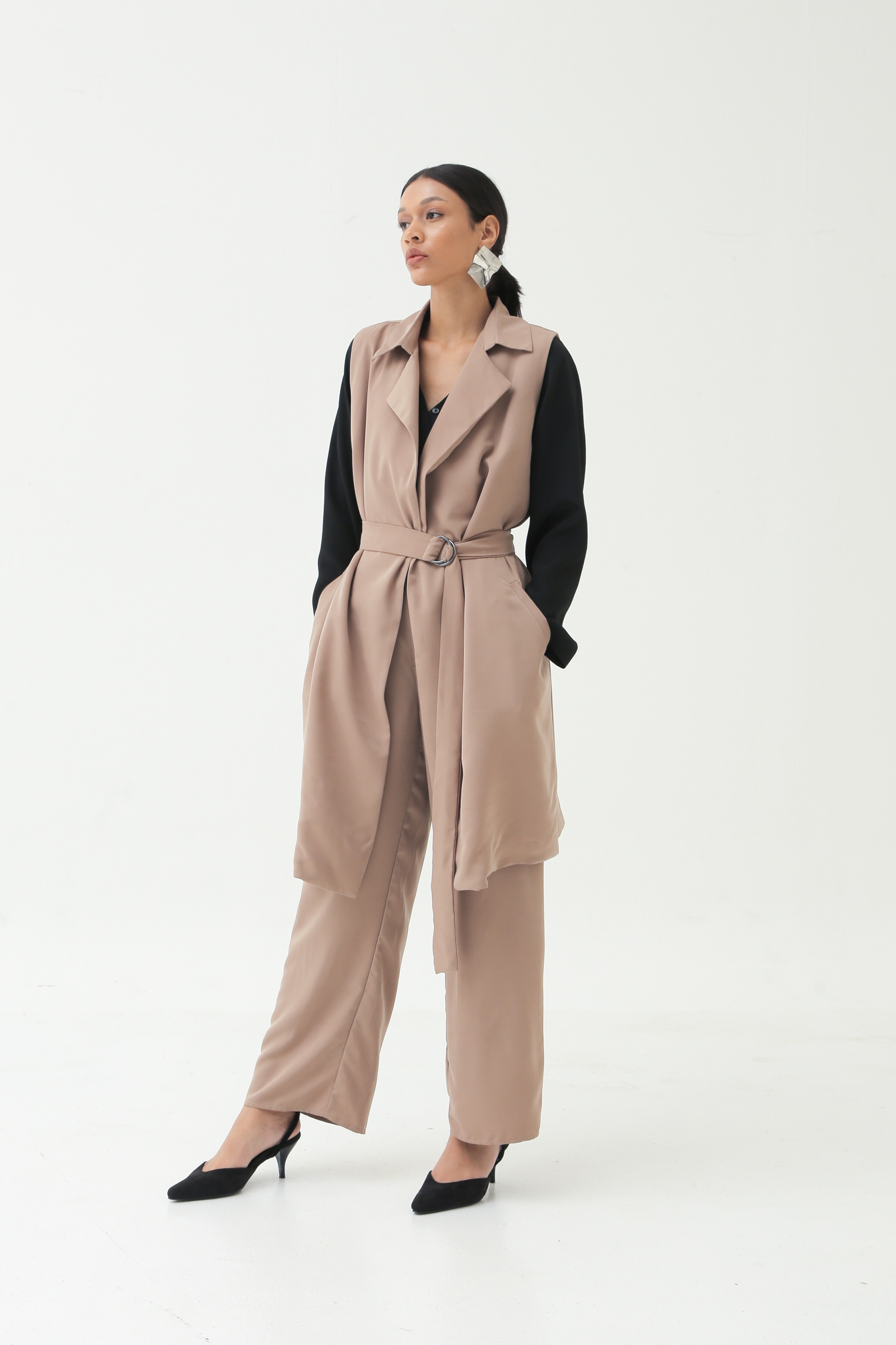 Picture of IXORA LONG VEST MILKY BROWN