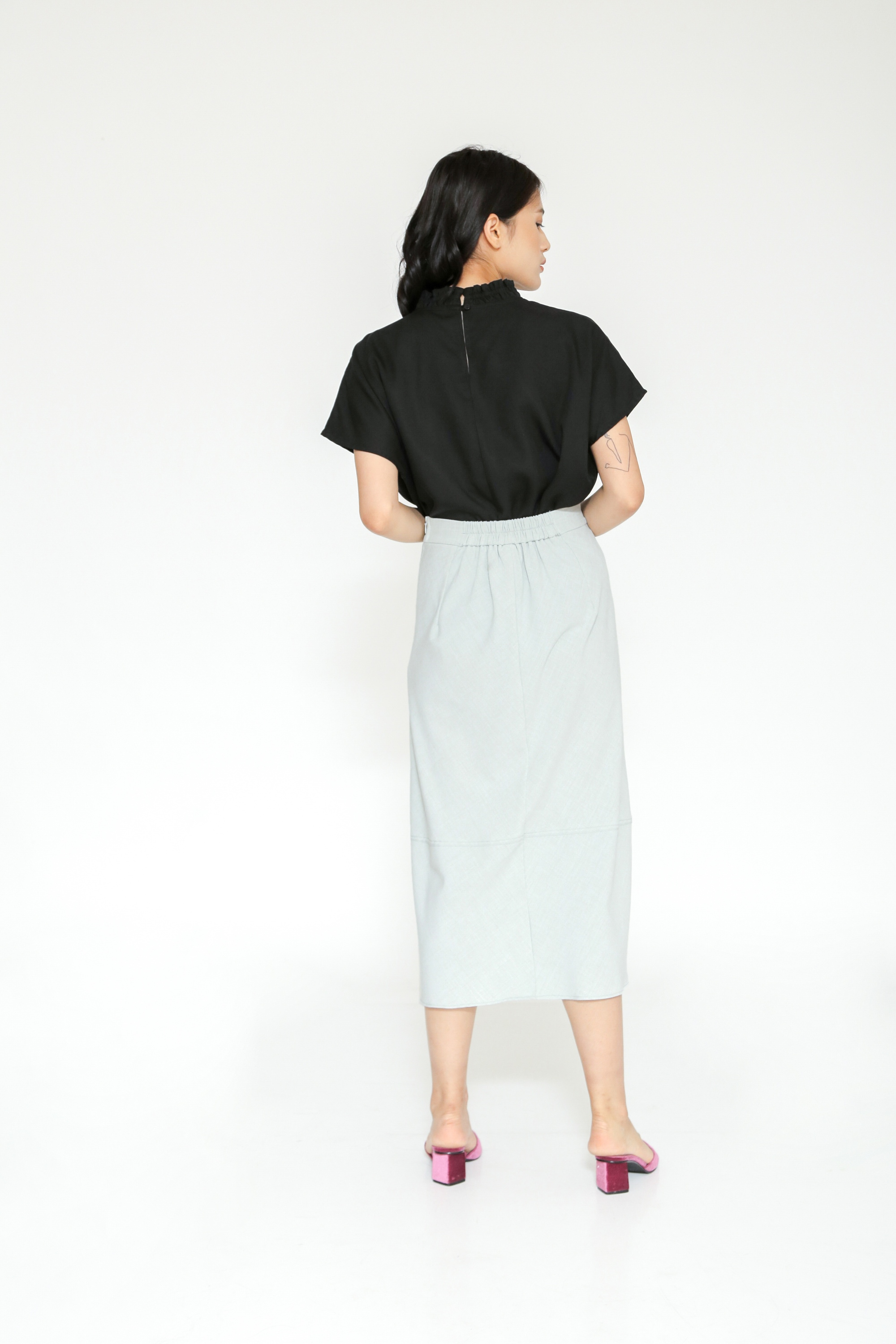 Picture of GLADIOLUS SKIRT GREY