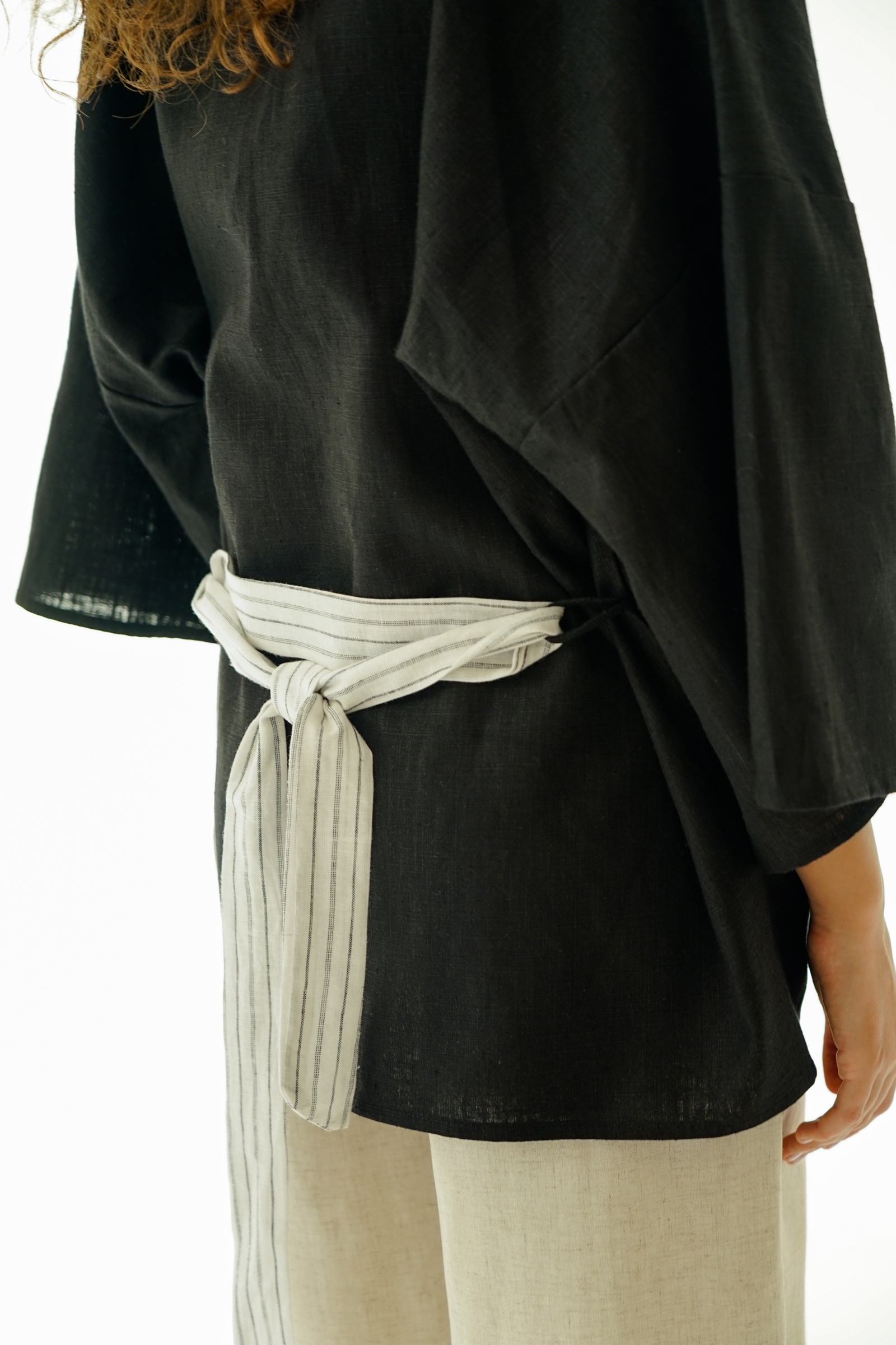 Picture of LUNIA SHORT ROBE BLACKSTRIPES X POURIE