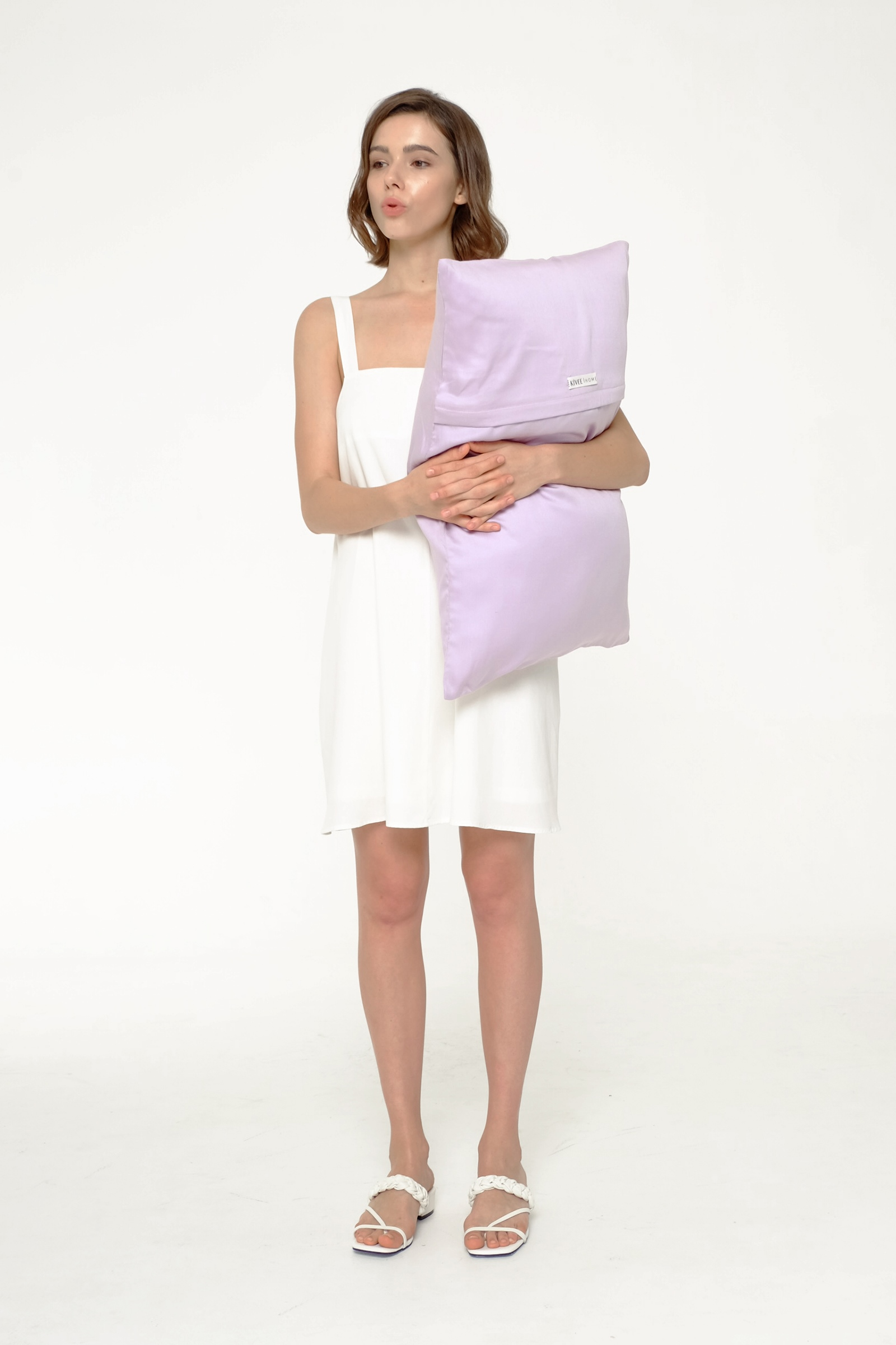 Picture of KIVEE X OSC SWEET DREAMS AND TWO PILLOW CASE
