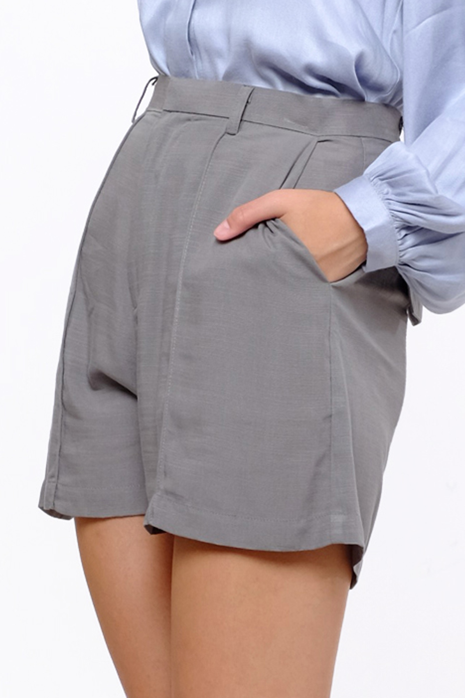 Picture of Hardy Short Pants Silver Grey