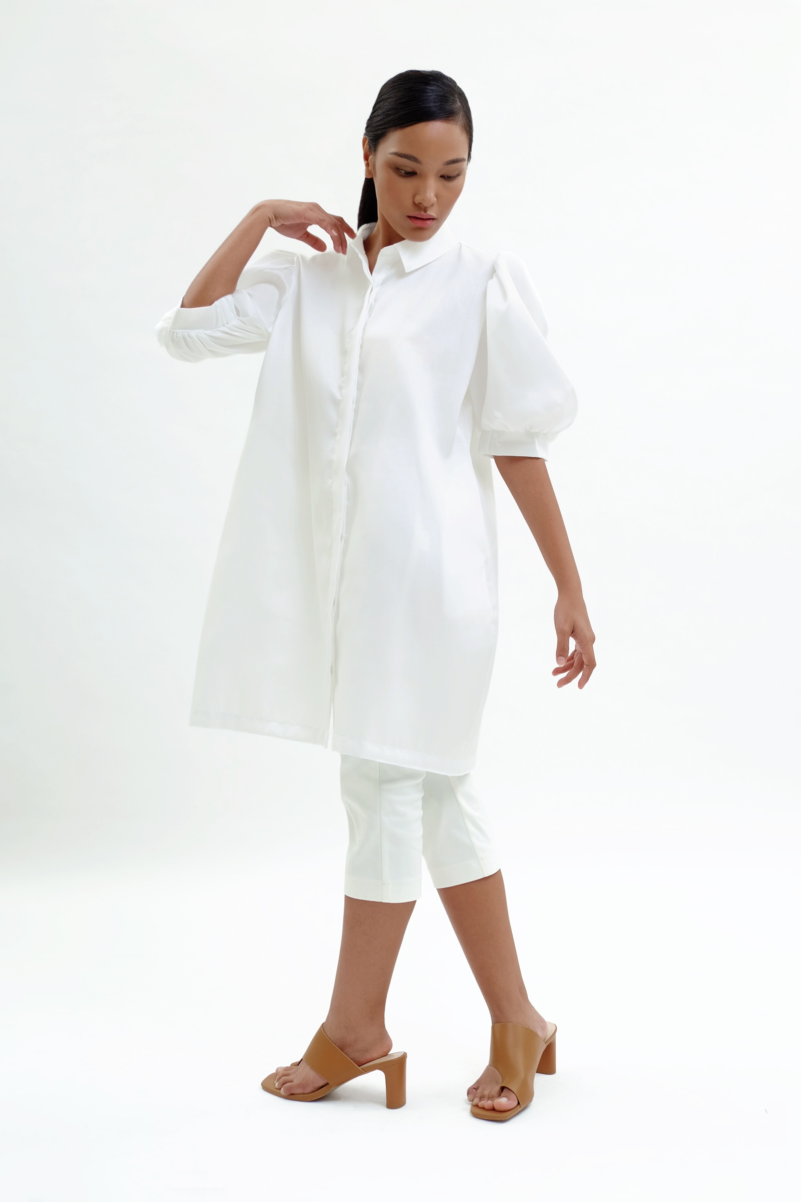 Picture of Aulia Dress Ivory